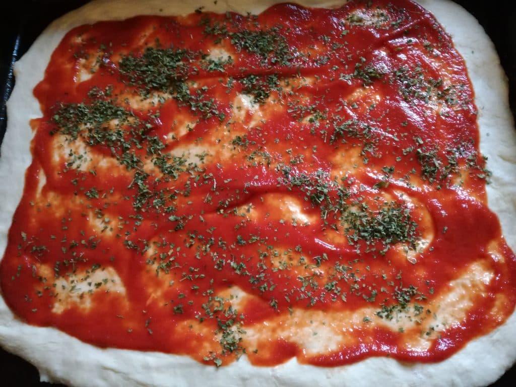 Recette de la pizza fait maison étape 3