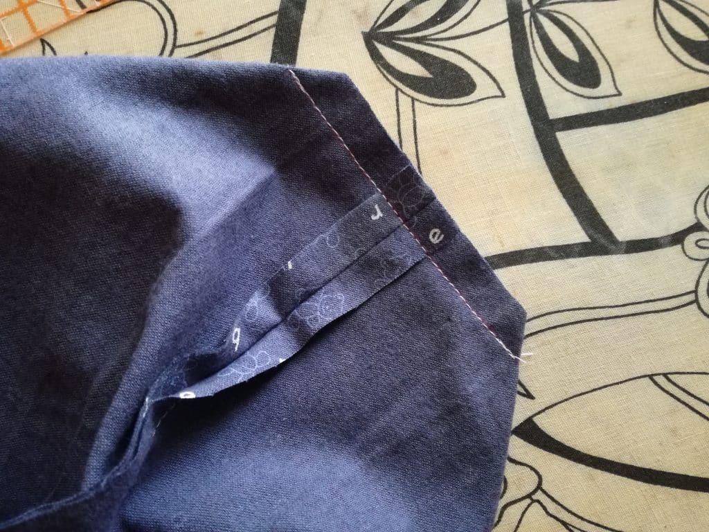 Poche pour couches lavables : coupe du surplus de tissu